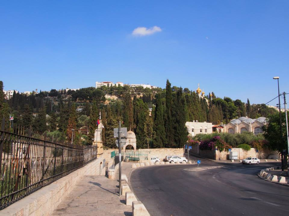abroad-travel-trouble-jerusalem-1