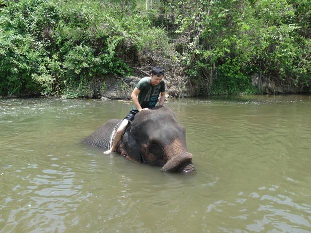 karen-elephant-camp-pai-7
