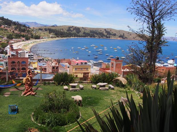 copacabana-titicaca-lake-bolivia-10