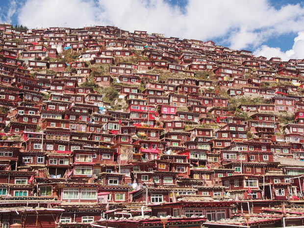 superb-view-ranking-larung-gar