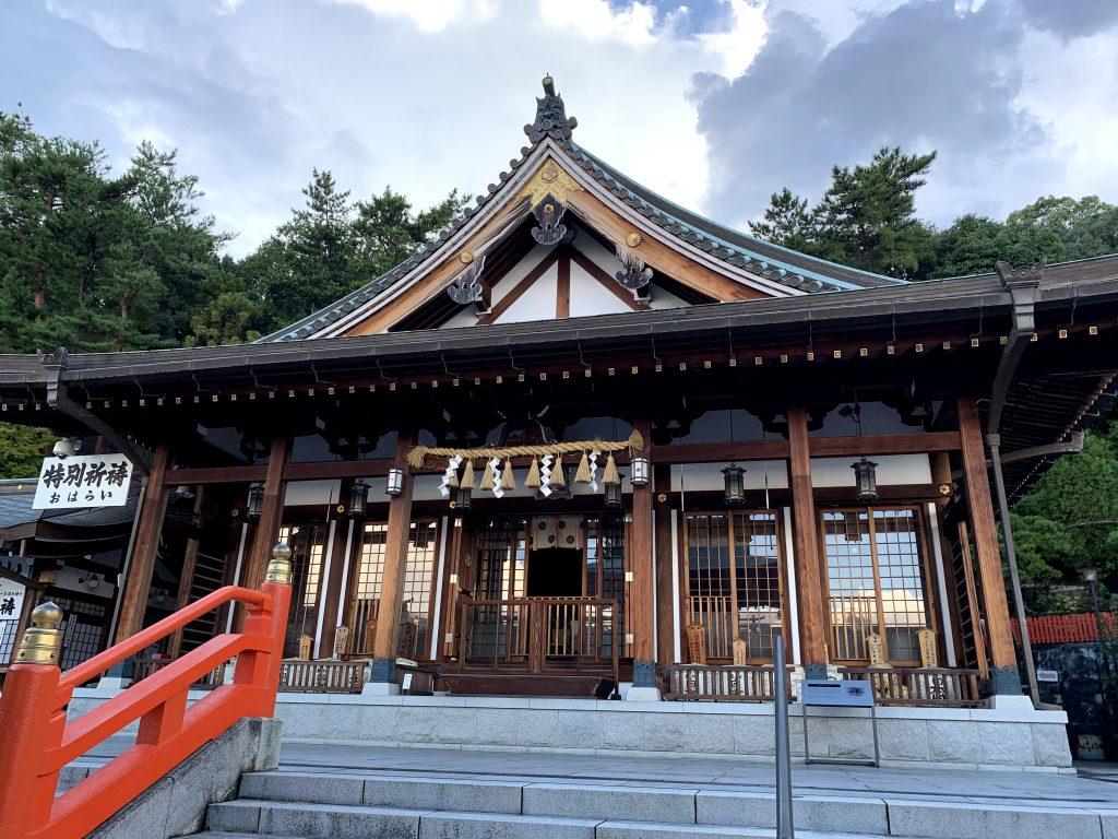 mondo-yakujin-shrine-8