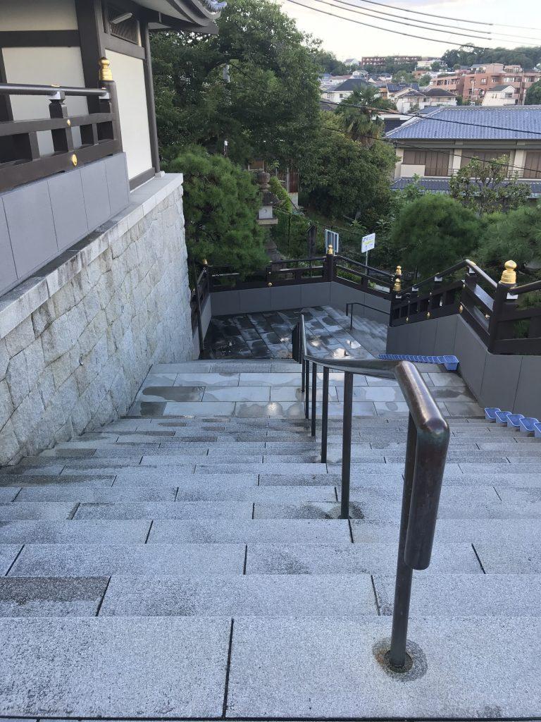 mondo-yakujin-shrine-10